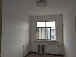 金融街三室一厅