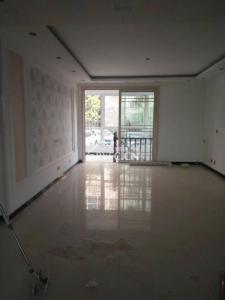 一楼带院 可做办公 居住 家具齐全